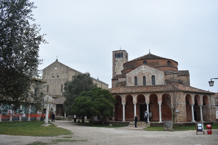 Torcello piazza.JPG